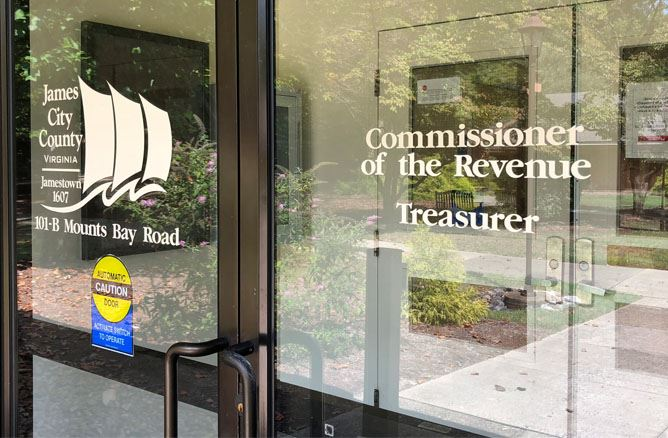 Door to Tresurer and Commissioner of the Revenue